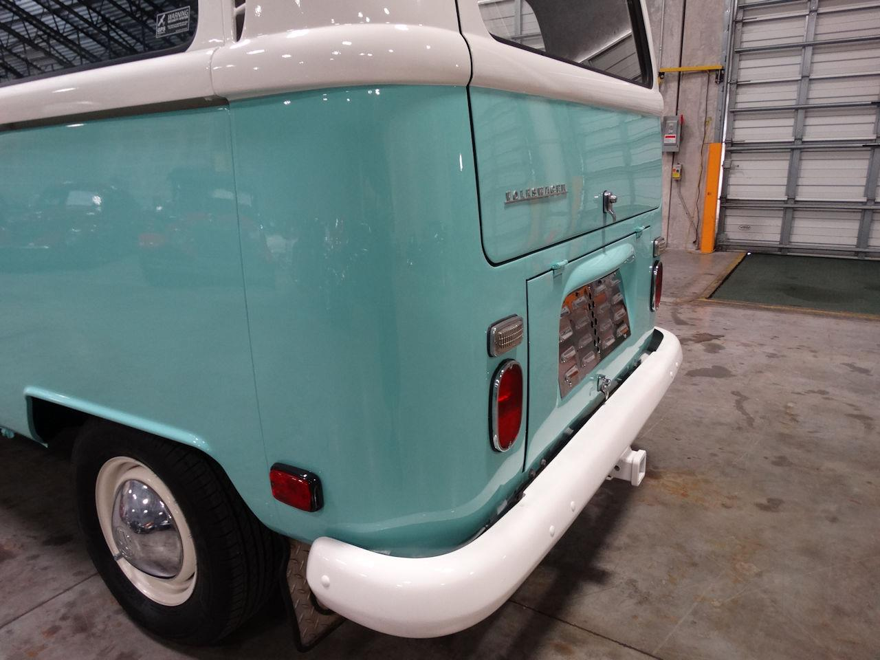 Large Picture of Classic 1969 Volkswagen Type 2 located in Coral Springs Florida Offered by Gateway Classic Cars - Fort Lauderdale - LCU3