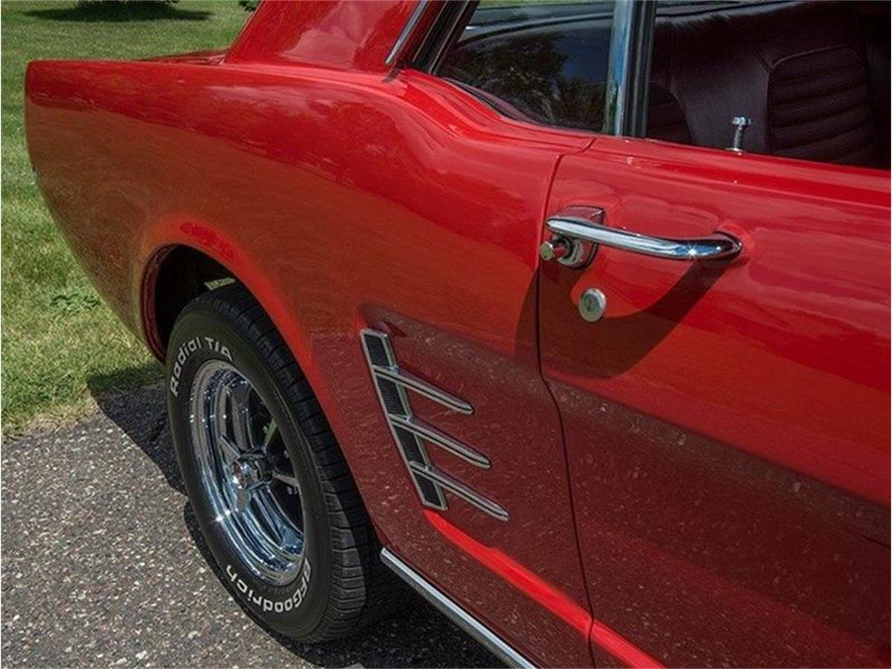 Large Picture of '66 Mustang - LCVG