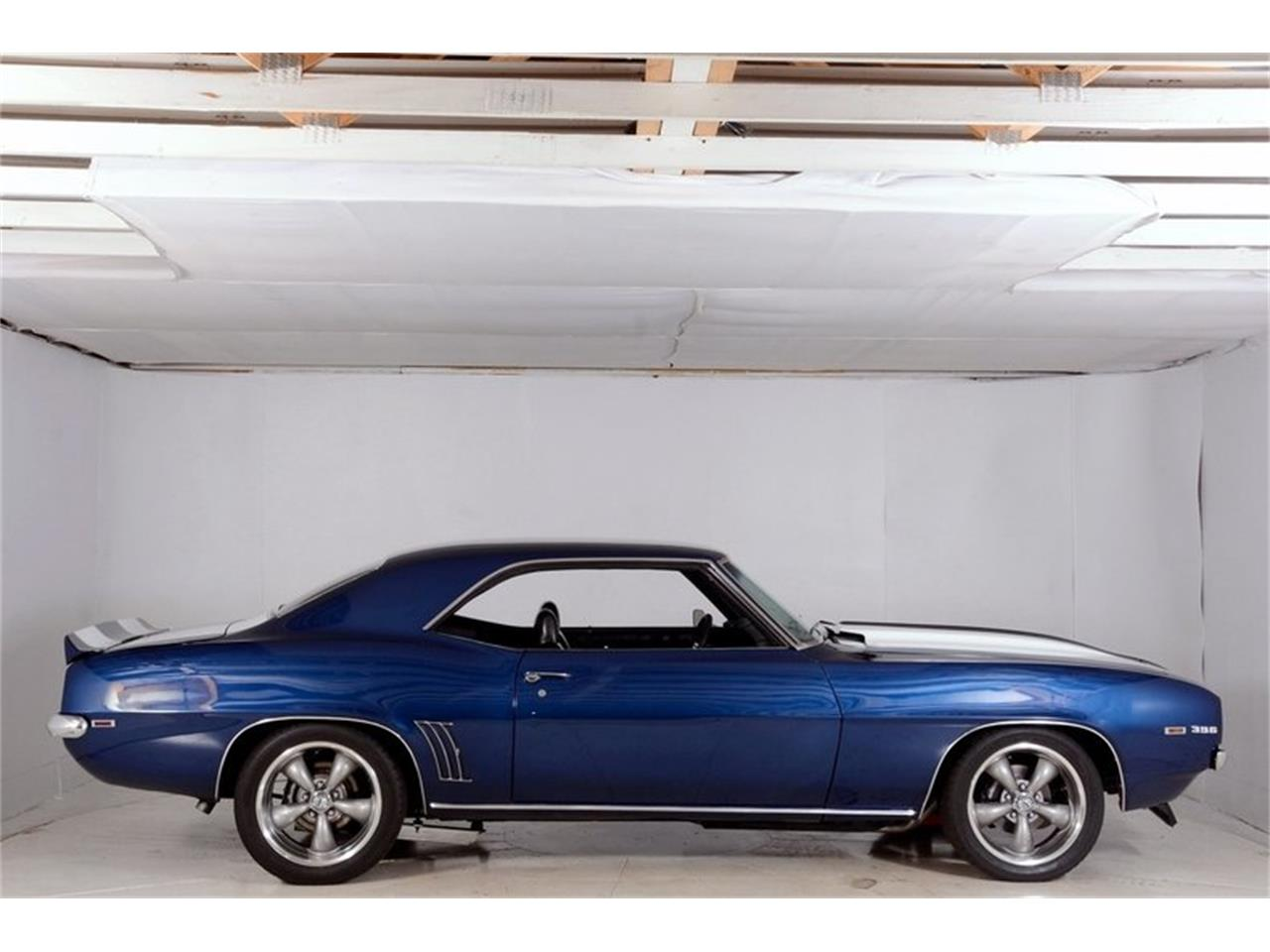 Large Picture of Classic 1969 Camaro SS located in Illinois Offered by Volo Auto Museum - LCVZ