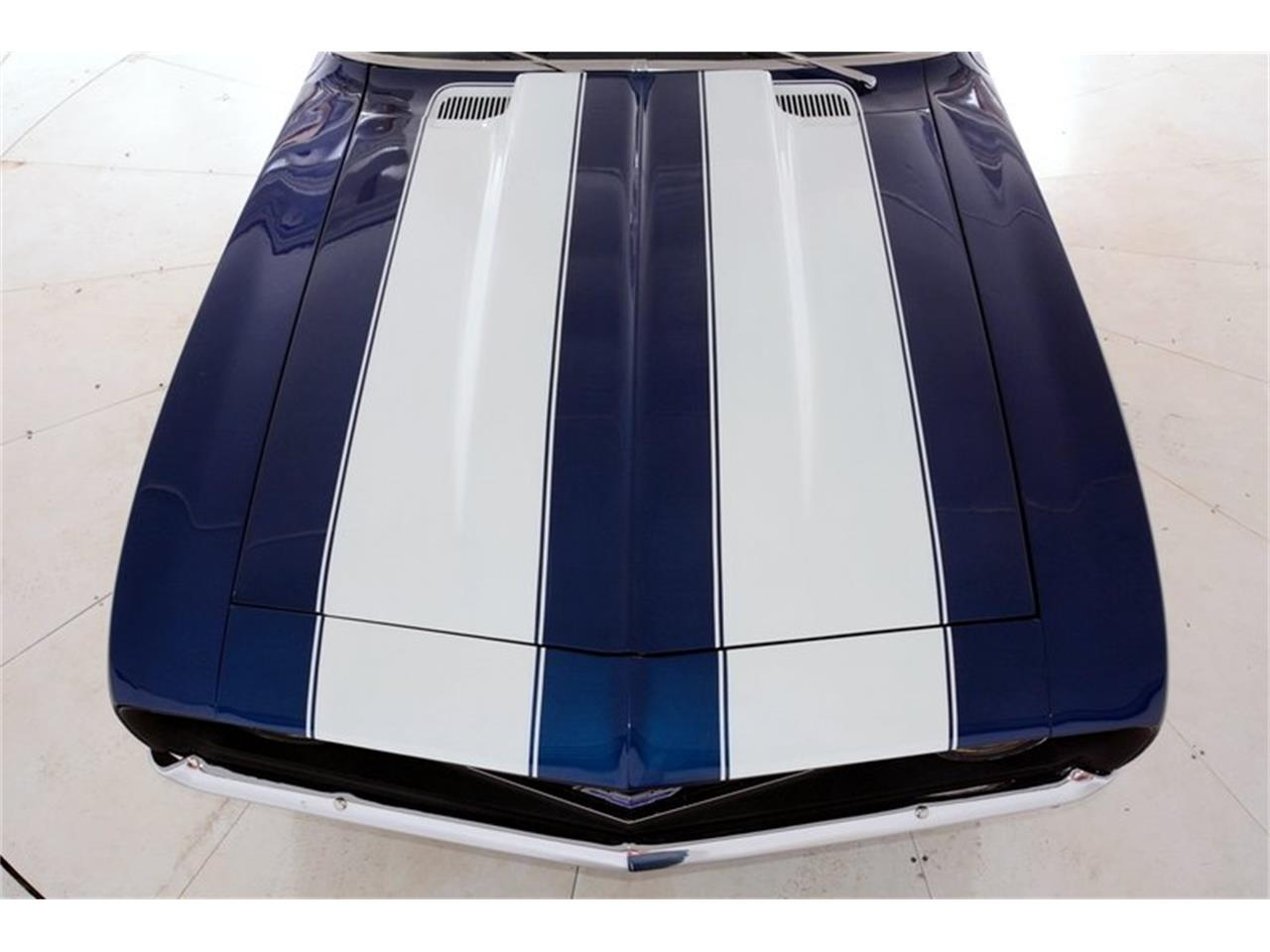 Large Picture of Classic '69 Chevrolet Camaro SS located in Illinois - LCVZ