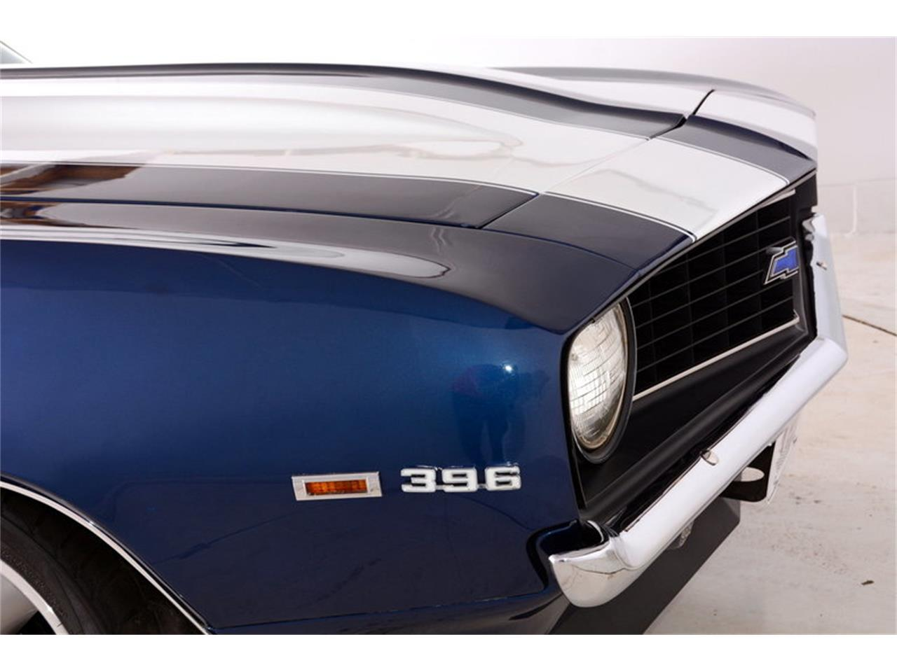 Large Picture of '69 Camaro SS located in Illinois Offered by Volo Auto Museum - LCVZ