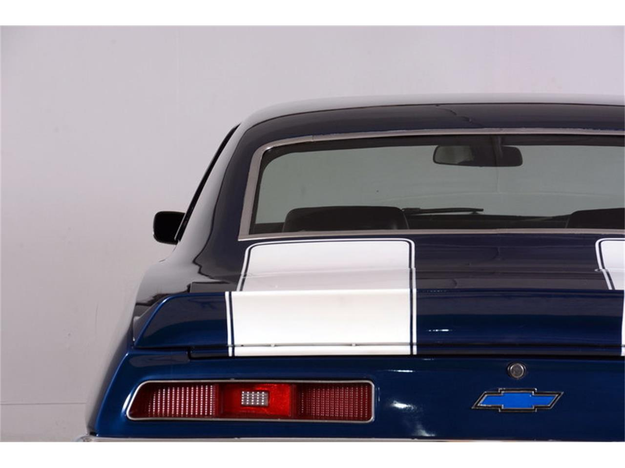 Large Picture of Classic '69 Chevrolet Camaro SS - LCVZ