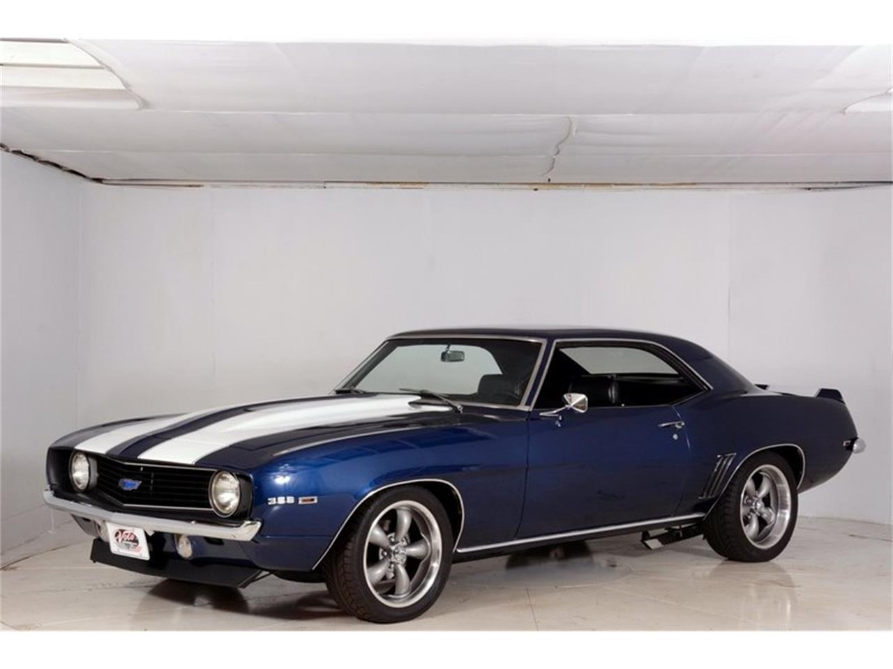 Large Picture of 1969 Camaro SS Offered by Volo Auto Museum - LCVZ