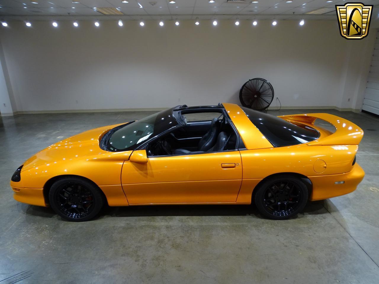 Large Picture of '96 Chevrolet Camaro - $11,595.00 - L8EI