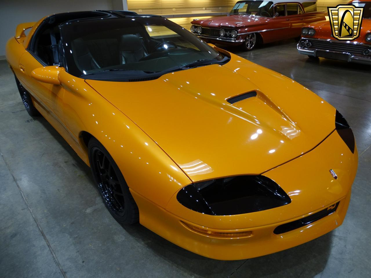 Large Picture of 1996 Chevrolet Camaro Offered by Gateway Classic Cars - St. Louis - L8EI