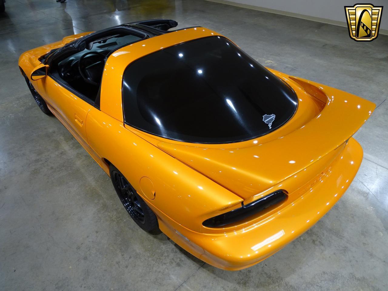 Large Picture of '96 Camaro located in O'Fallon Illinois - L8EI