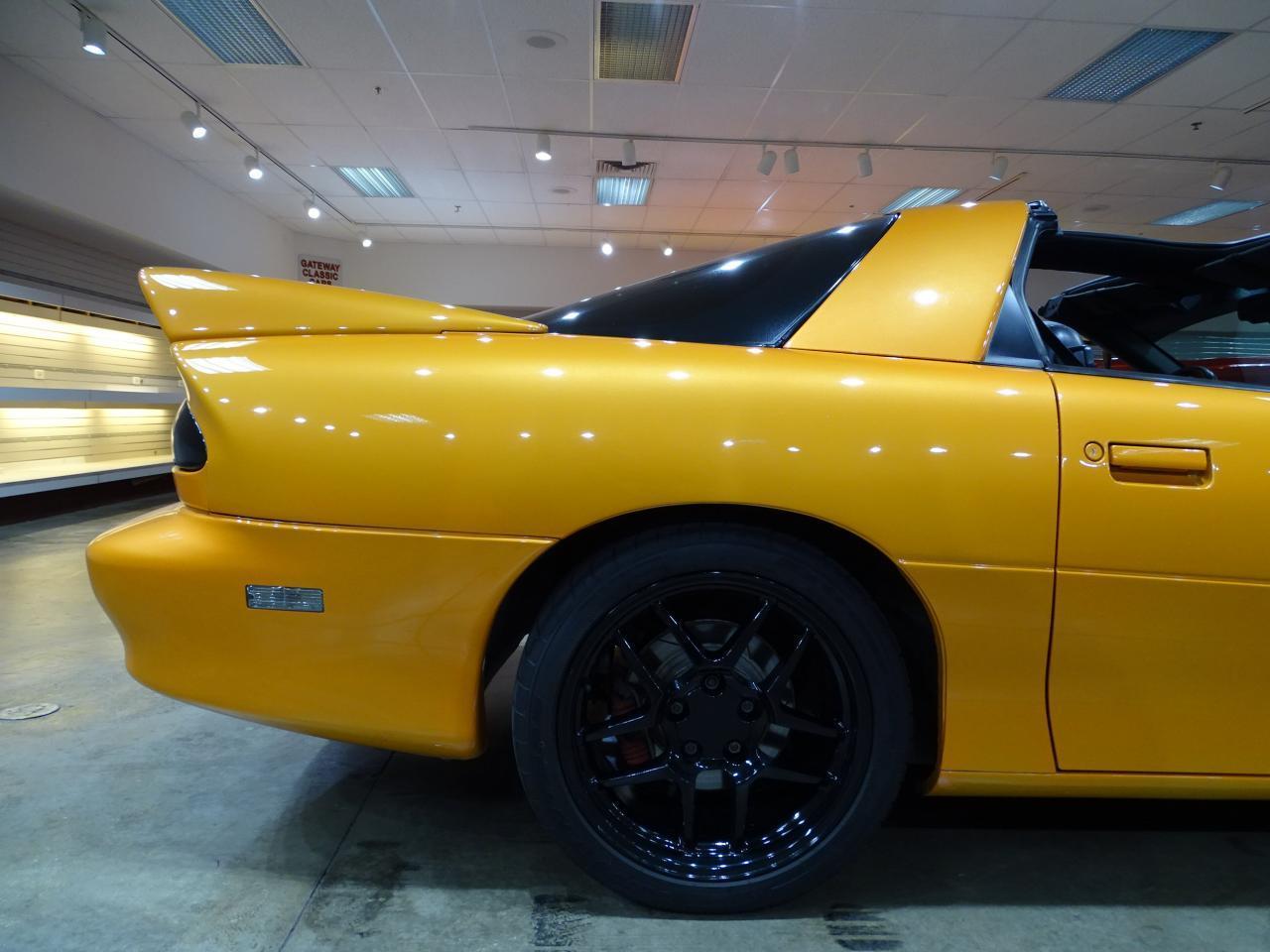 Large Picture of 1996 Chevrolet Camaro - $11,595.00 - L8EI