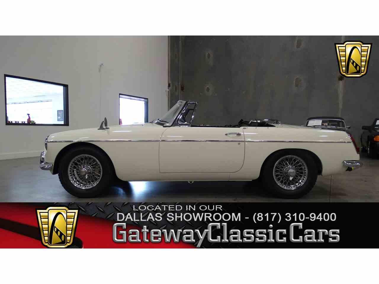 1966 MG MGB for Sale | ClassicCars.com | CC-990671
