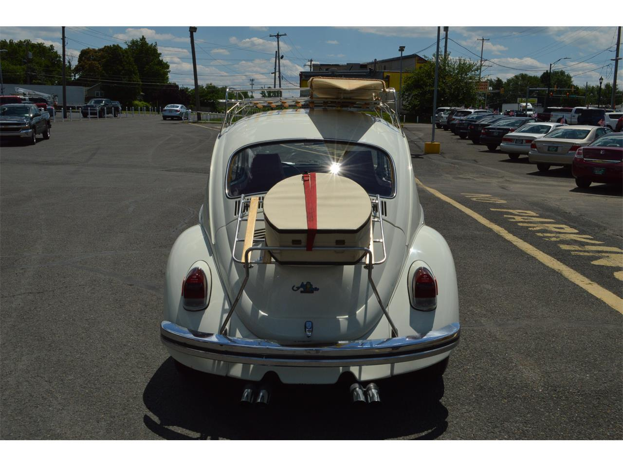 Large Picture of Classic '70 Volkswagen Beetle located in bristol Pennsylvania - LD8V
