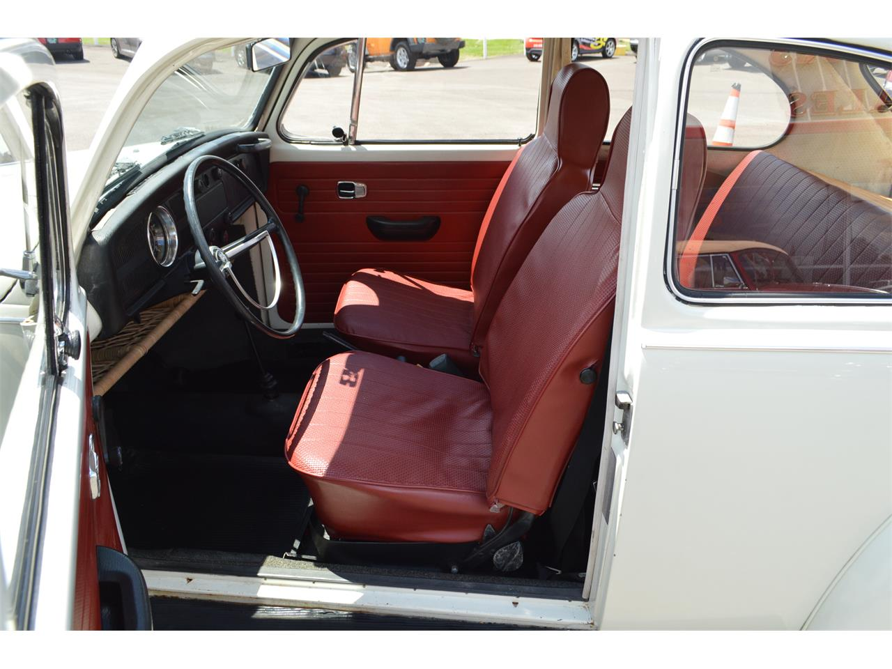 Large Picture of Classic 1970 Volkswagen Beetle Offered by L.R.A. Enterprises Auto Museum & Sales - LD8V