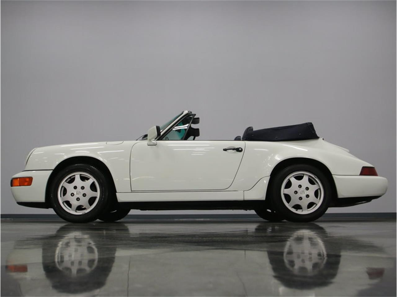 Large Picture of '91 Porsche 911 Carrera Offered by Streetside Classics - Nashville - L8FC