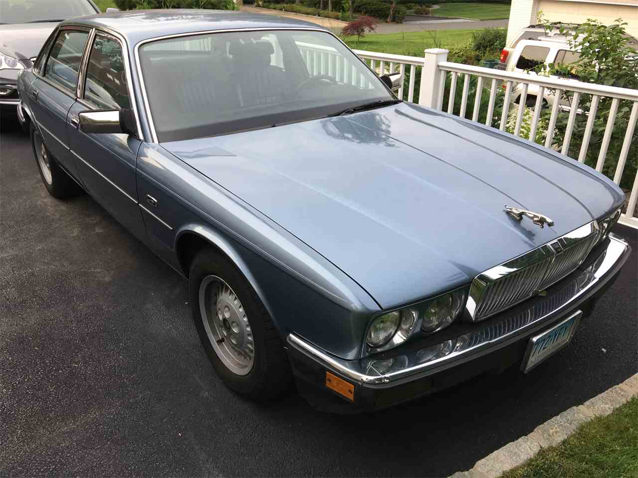 Large Picture of '88 XJ6 - LDBB