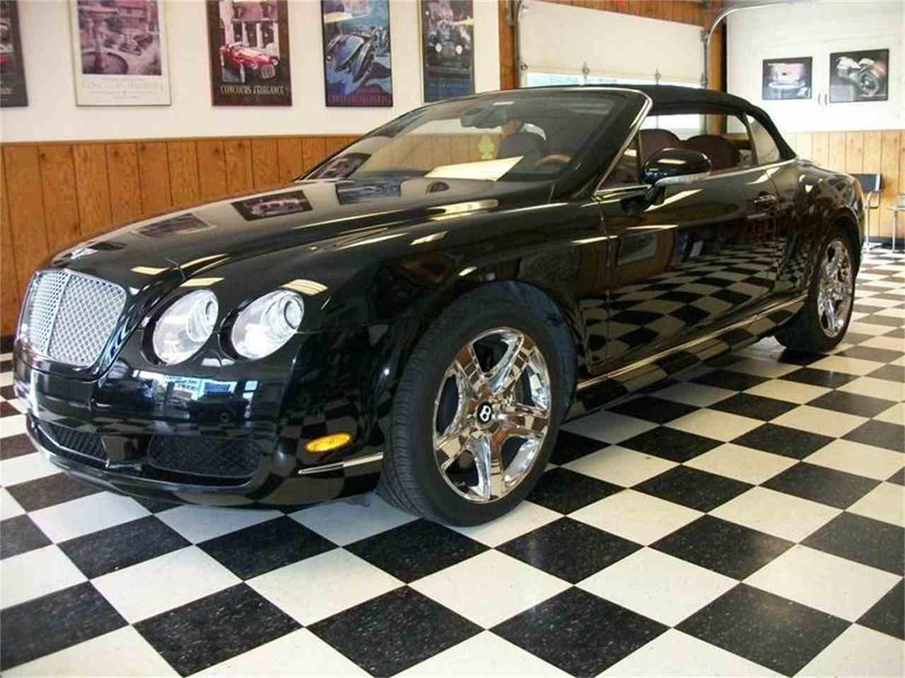 ultimate accessory continental convertible edition the bentley yachting editon golden galene gt is side conner news
