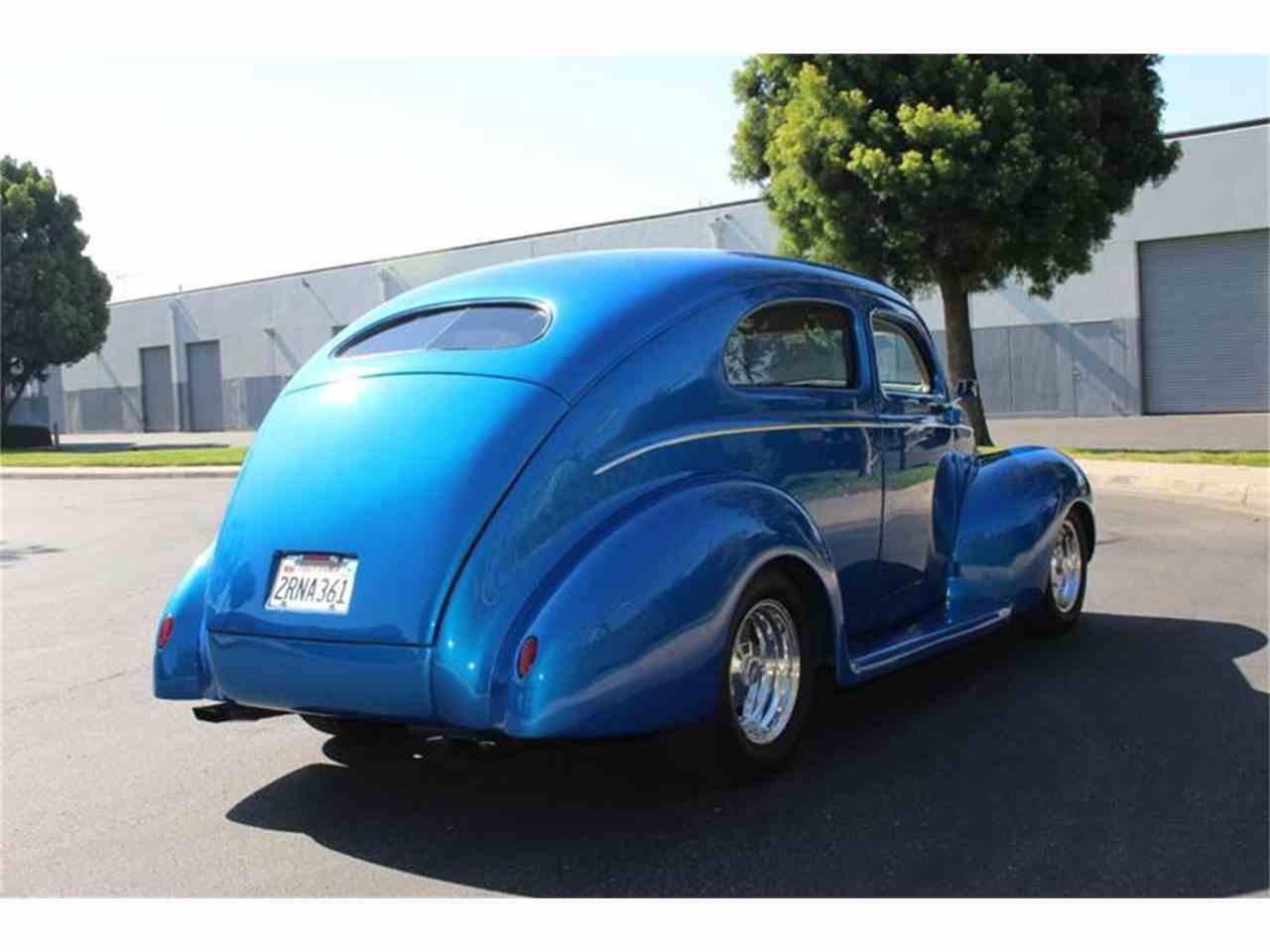 Large Picture of '39 2-Dr Sedan - LDE6