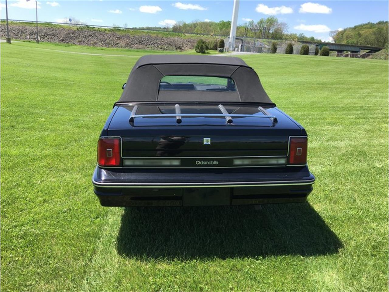 Large Picture of '85 Cutless ciera conv - LDF1