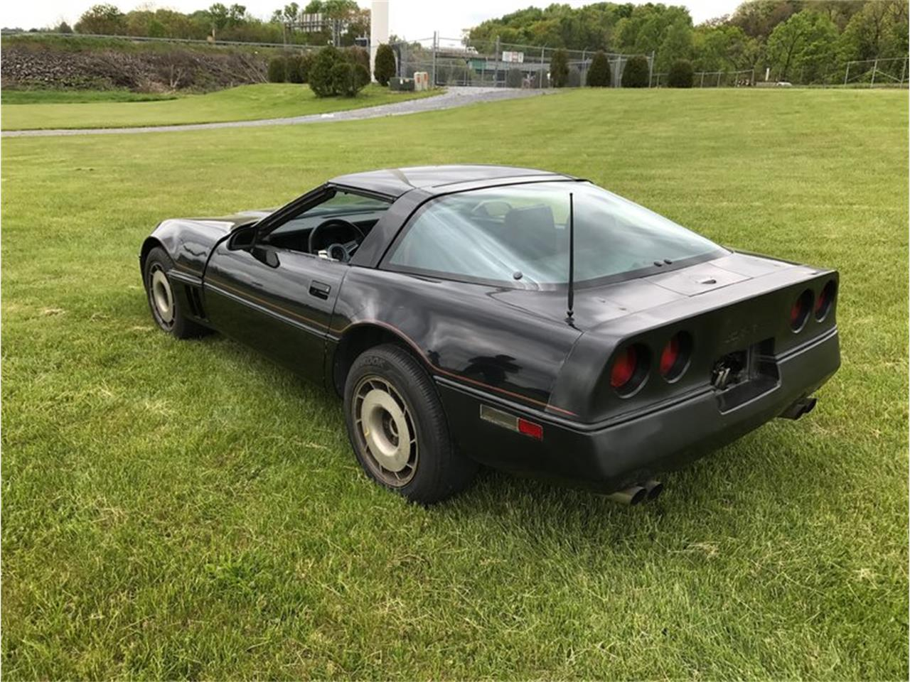 Large Picture of '84 Corvette - LDF2