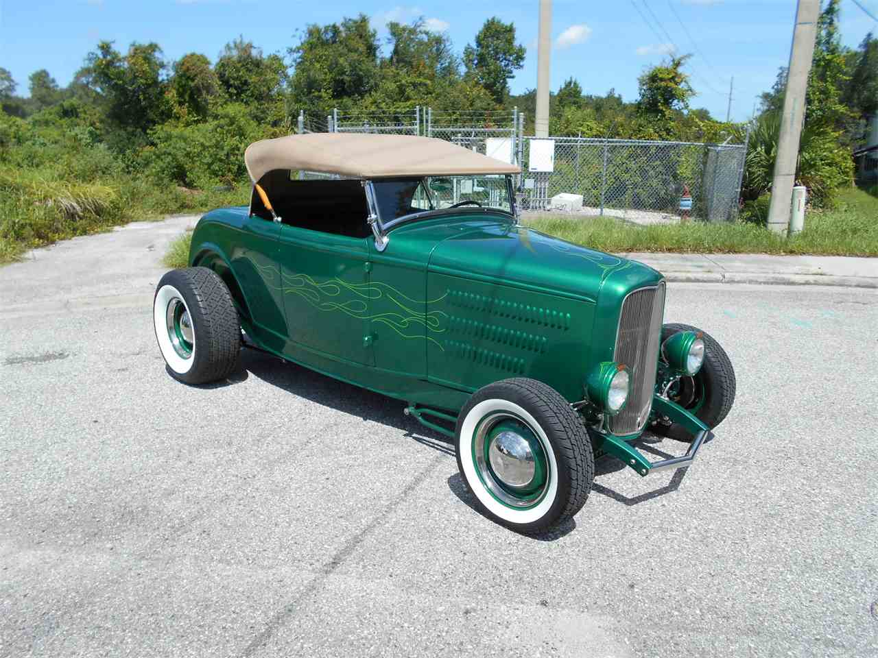 Large Picture of '32 Ford Roadster - $34,500.00 Offered by Great American Motor Mart - LDFO