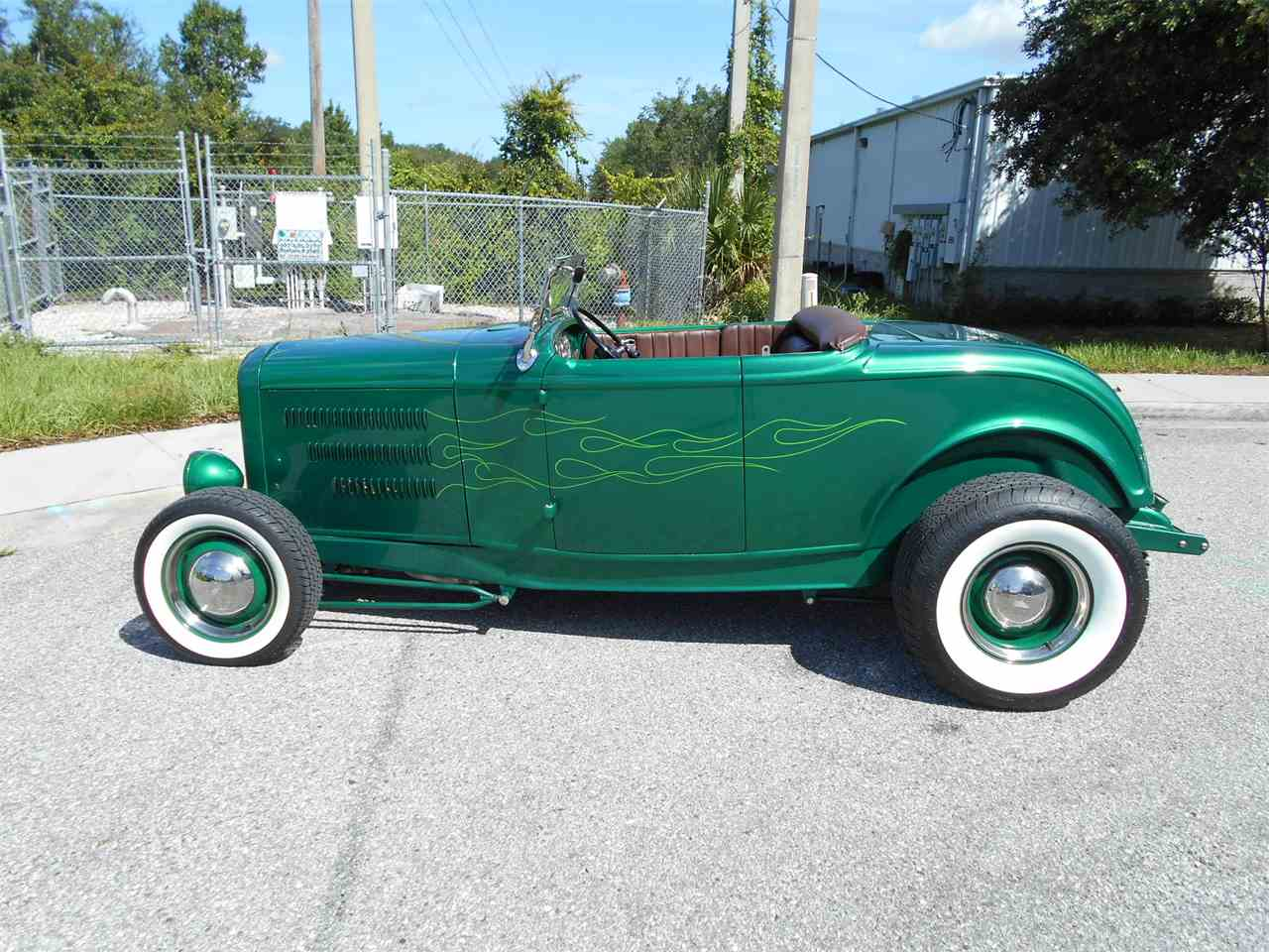 Large Picture of Classic '32 Ford Roadster - LDFO