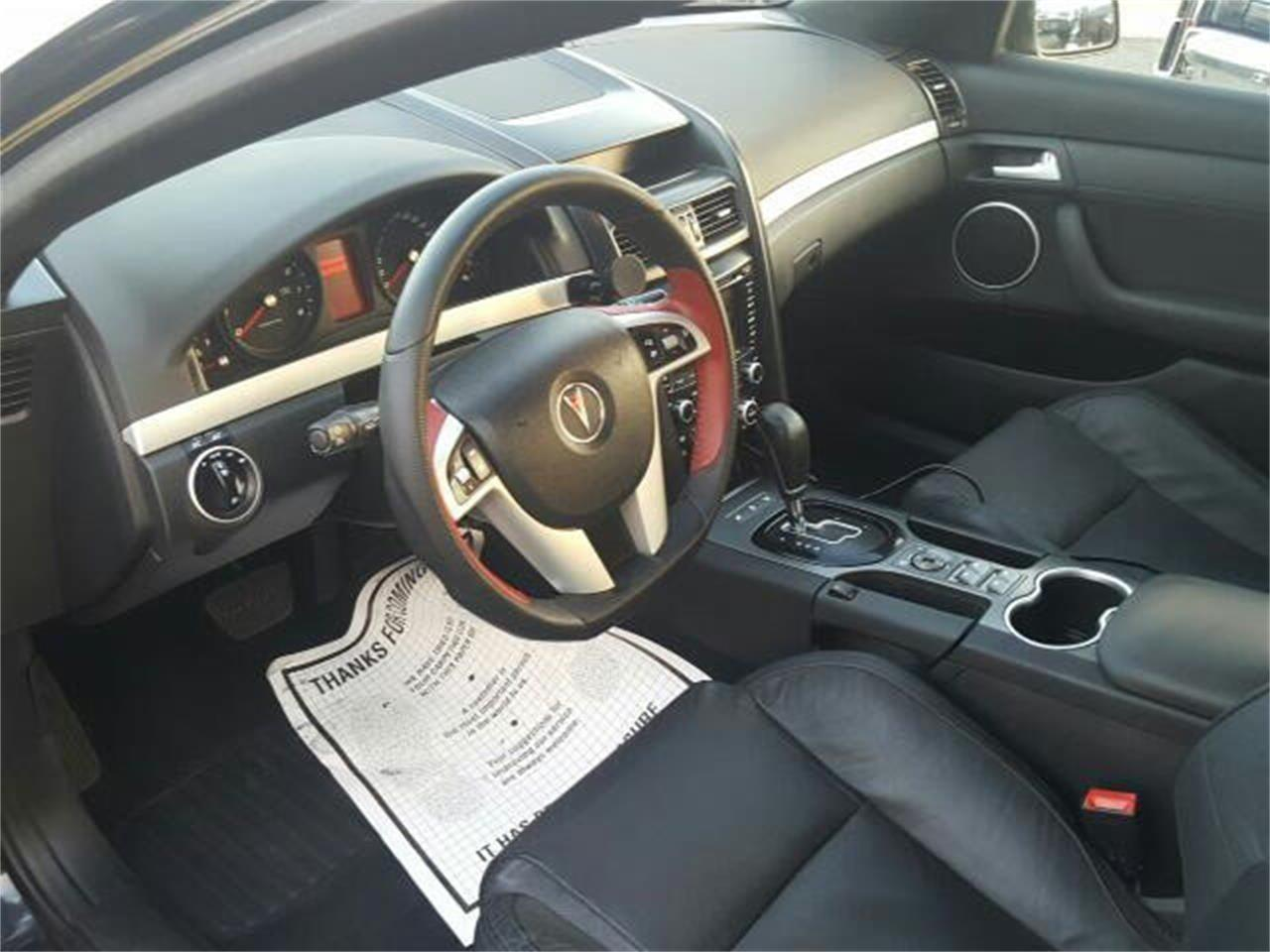 Large Picture of '09 Pontiac G8 - $10,995.00 Offered by Hollywood Motors - LDH3