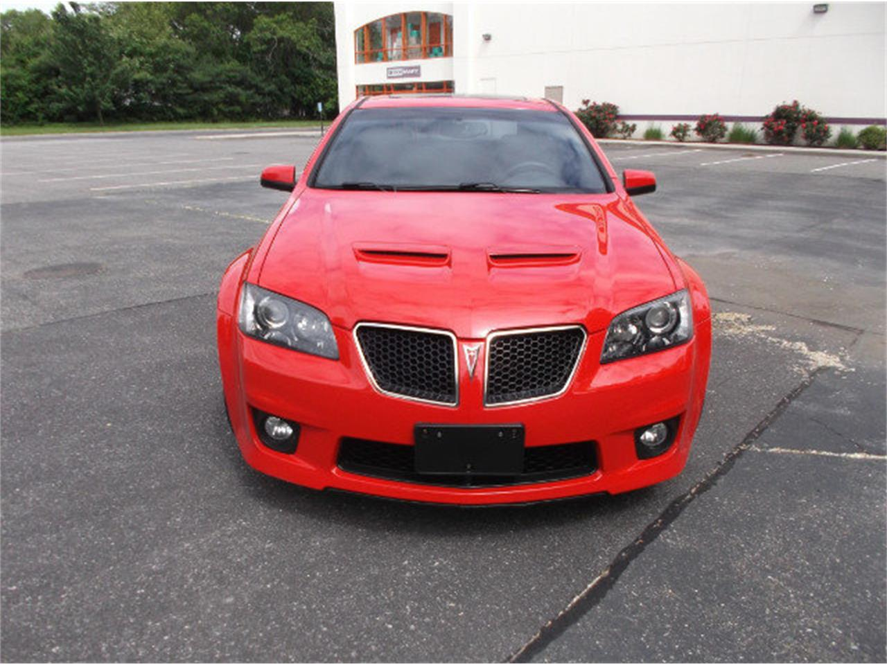 Large Picture of 2009 Pontiac G8 located in West Babylon New York - $26,995.00 Offered by Hollywood Motors - LDI6