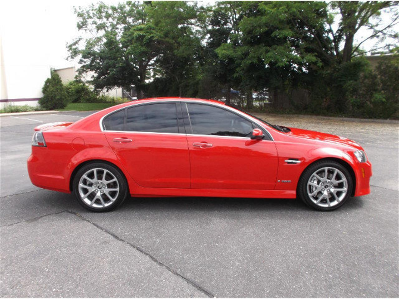 Large Picture of '09 Pontiac G8 located in New York Offered by Hollywood Motors - LDI6