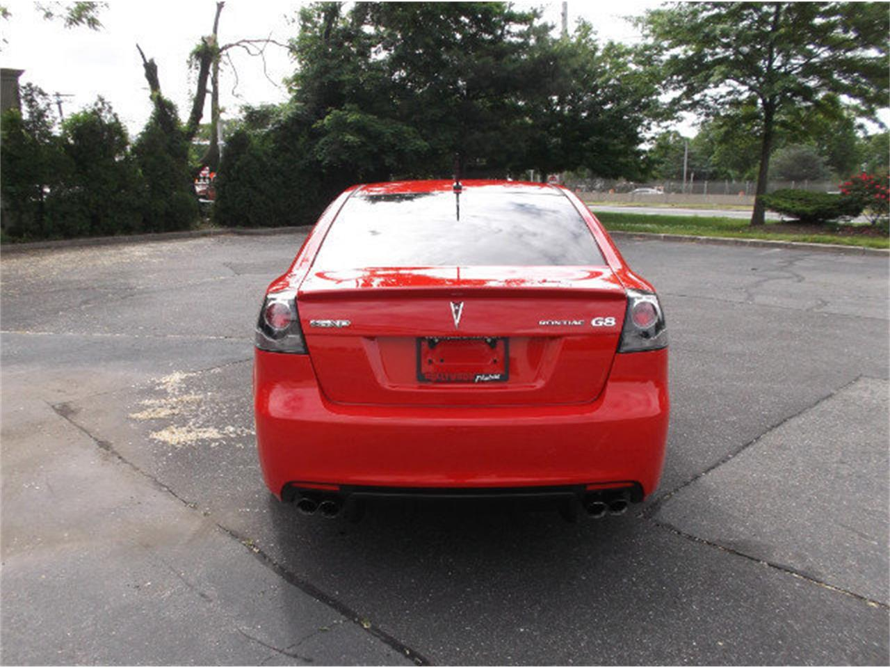 Large Picture of '09 Pontiac G8 located in West Babylon New York - LDI6