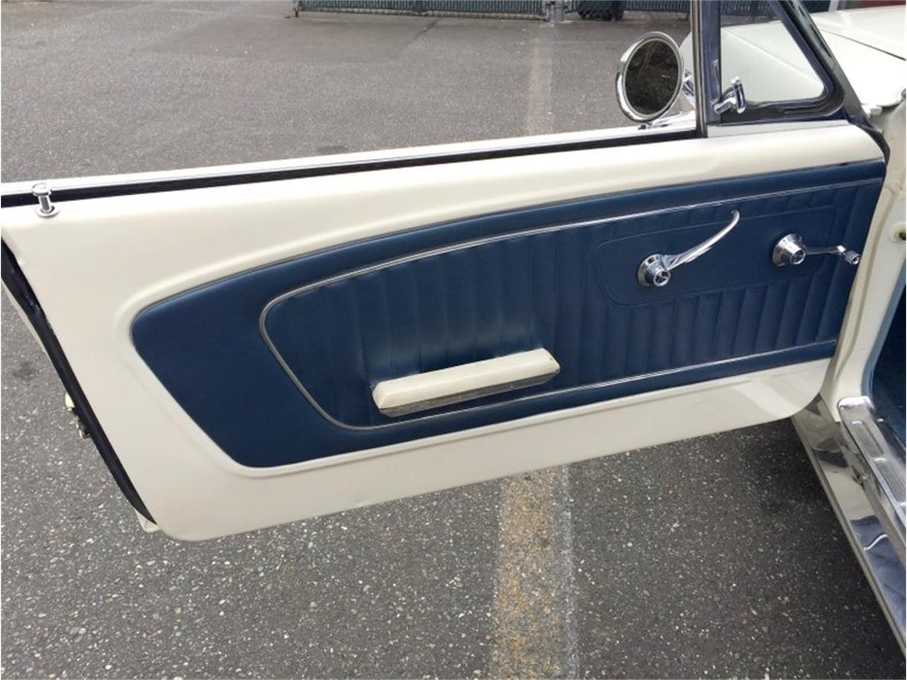 Large Picture of 1964 Mustang located in Seattle Washington Auction Vehicle Offered by Drager's Classics - LDIN
