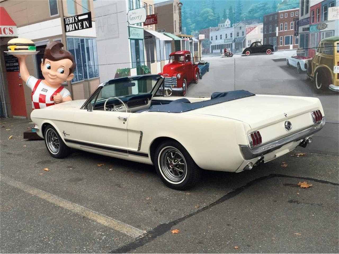 Large Picture of Classic 1964 Ford Mustang located in Seattle Washington Auction Vehicle Offered by Drager's Classics - LDIN