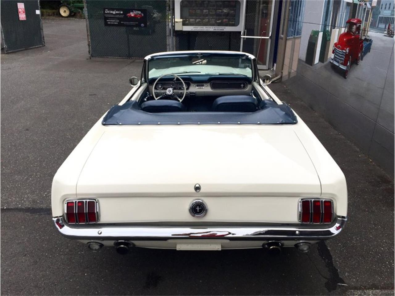 Large Picture of 1964 Ford Mustang Auction Vehicle - LDIN