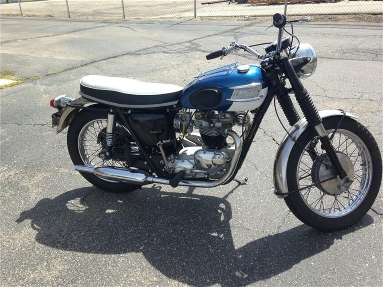 Large Picture of '66 TR6 - LDJD