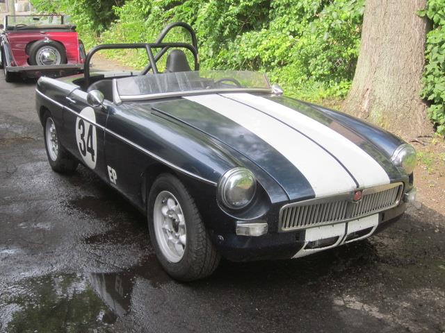 Picture of '67 MGB - LDKK