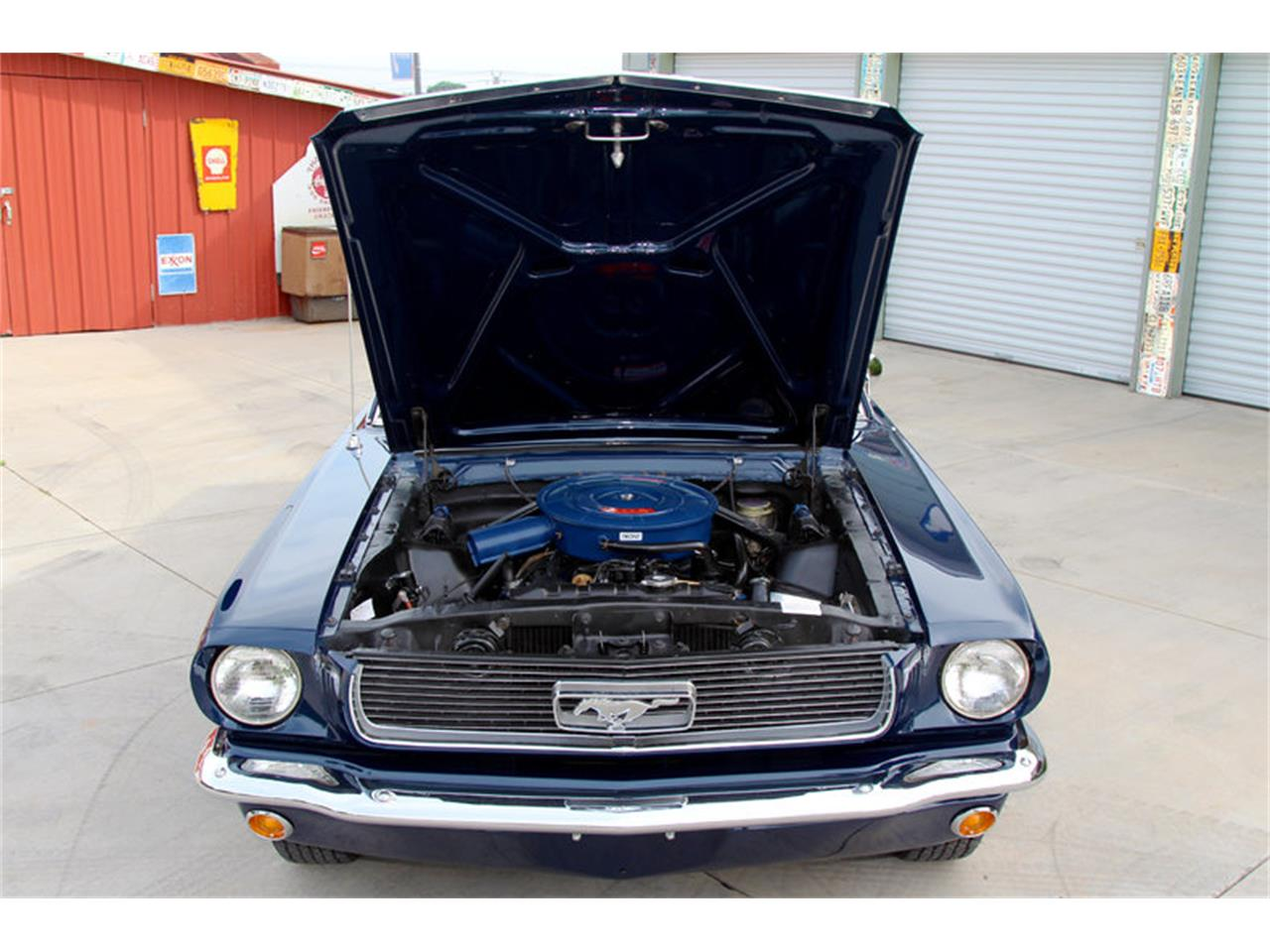 Large Picture of '66 Ford Mustang - LDLT