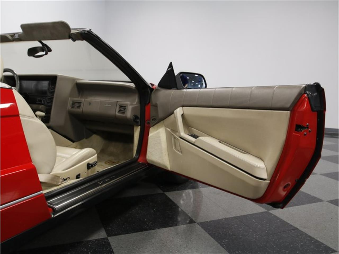 Large Picture of 1993 Cadillac Allante - $11,995.00 - LDMY