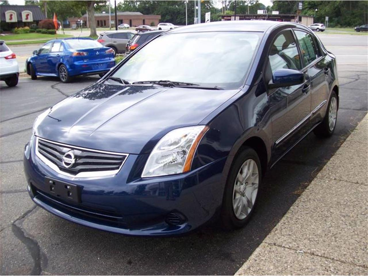 Large Picture of '12 Nissan Sentra located in Holland Michigan - LDN2