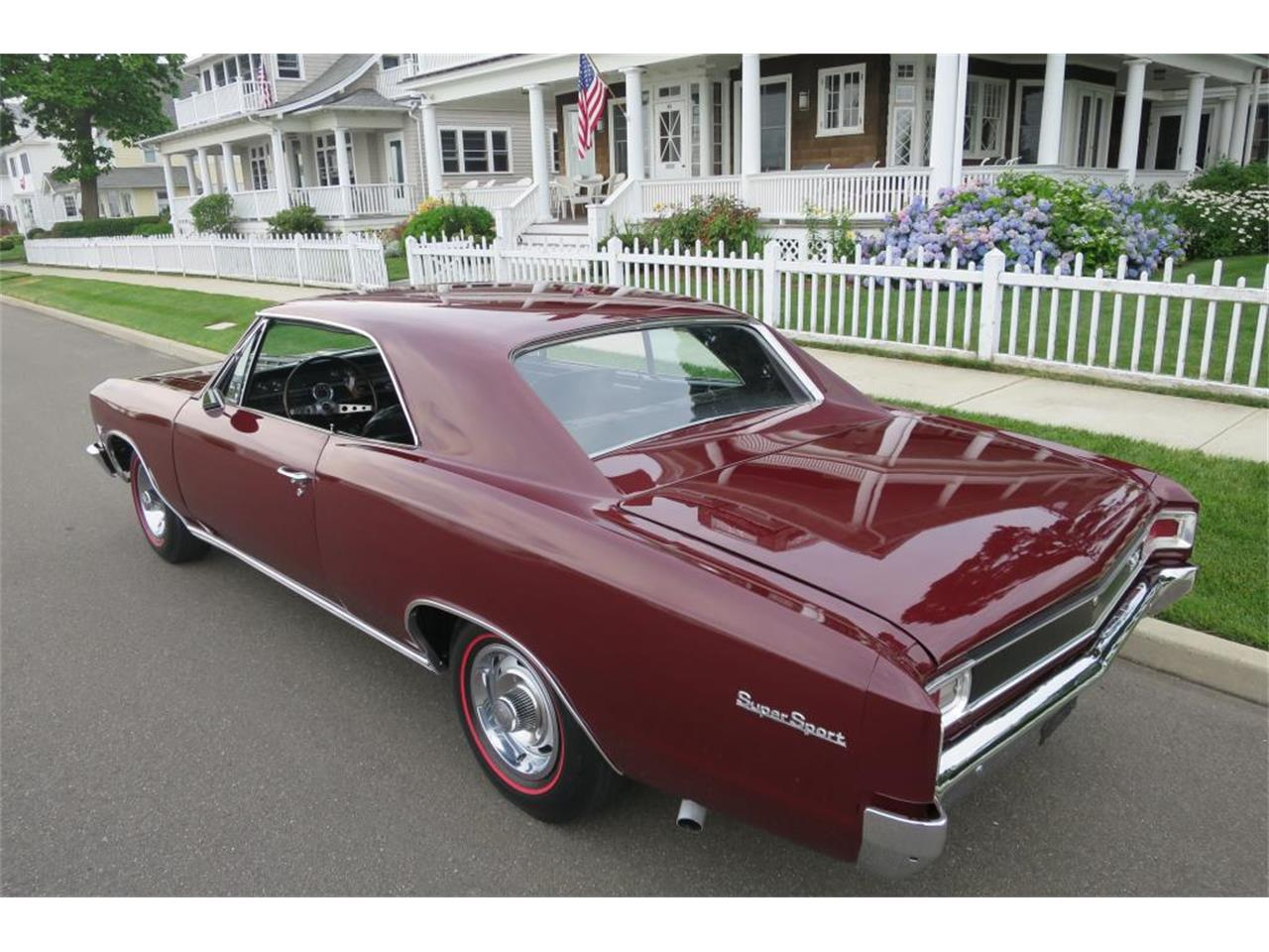 Large Picture of 1966 Chevelle - LDNC