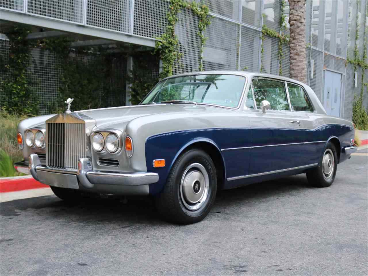 Large Picture of 1973 Rolls-Royce Corniche located in Marina Del Rey California - $33,500.00 Offered by Chequered Flag International - L8GY