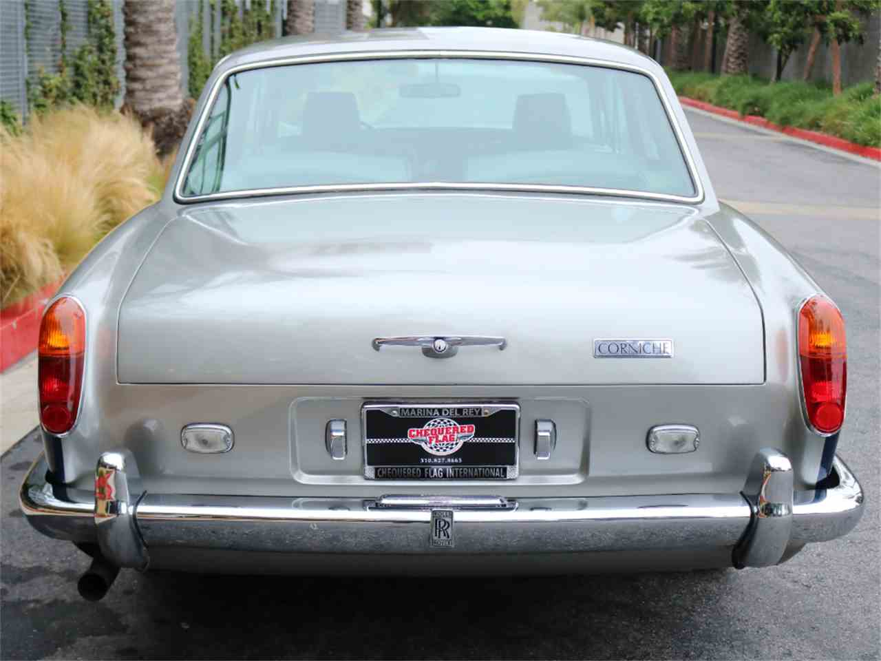 Large Picture of 1973 Rolls-Royce Corniche located in California Offered by Chequered Flag International - L8GY