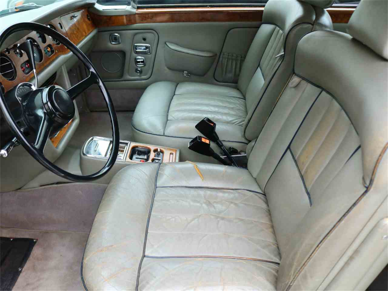Large Picture of '73 Rolls-Royce Corniche located in California - L8GY