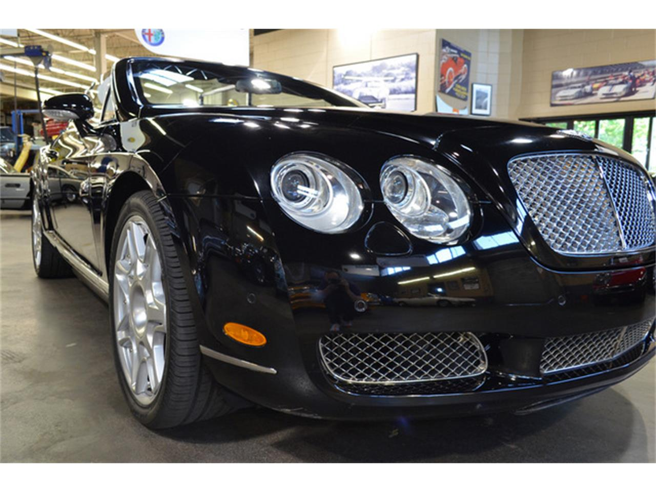 Large Picture of '09 Bentley Continental GTC Mulliner located in Huntington Station New York - $89,500.00 Offered by Autosport Designs Inc - LDQF