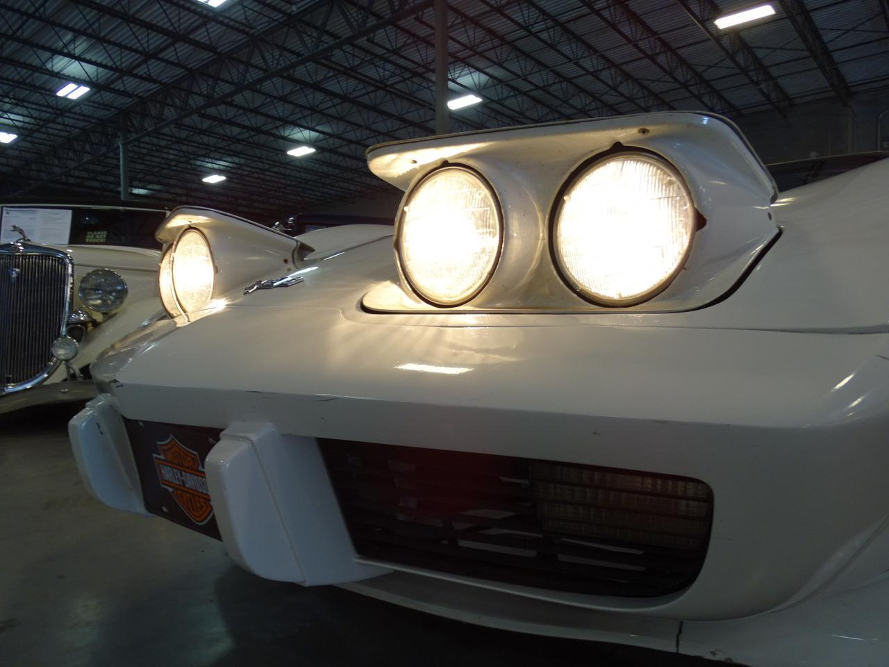 Large Picture of '79 Corvette - LDUK