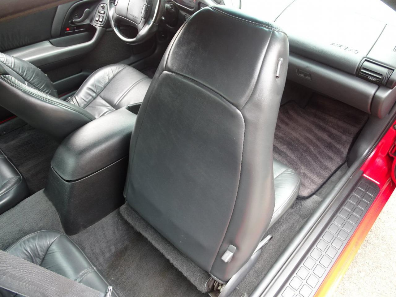 Large Picture of 1996 Chevrolet Camaro located in Michigan - $13,595.00 Offered by Gateway Classic Cars - Detroit - LDUP