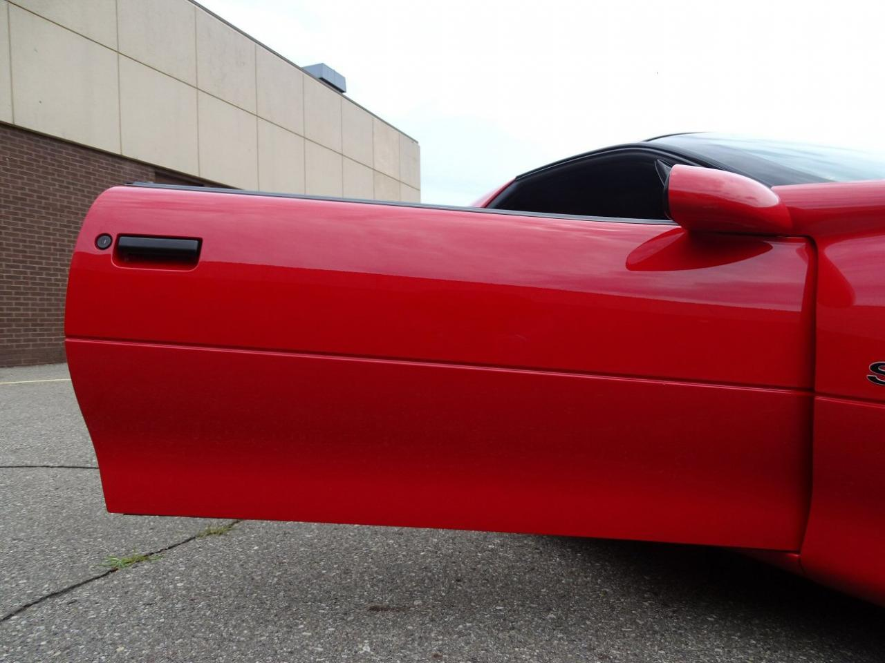 Large Picture of '96 Camaro - $13,595.00 Offered by Gateway Classic Cars - Detroit - LDUP