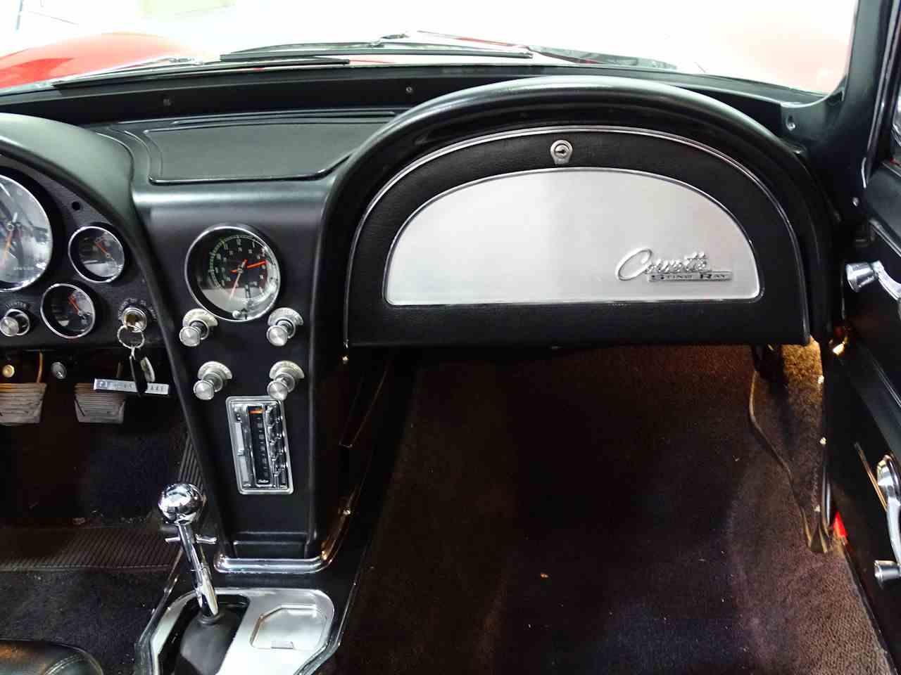 Large Picture of '65 Corvette - LDUR