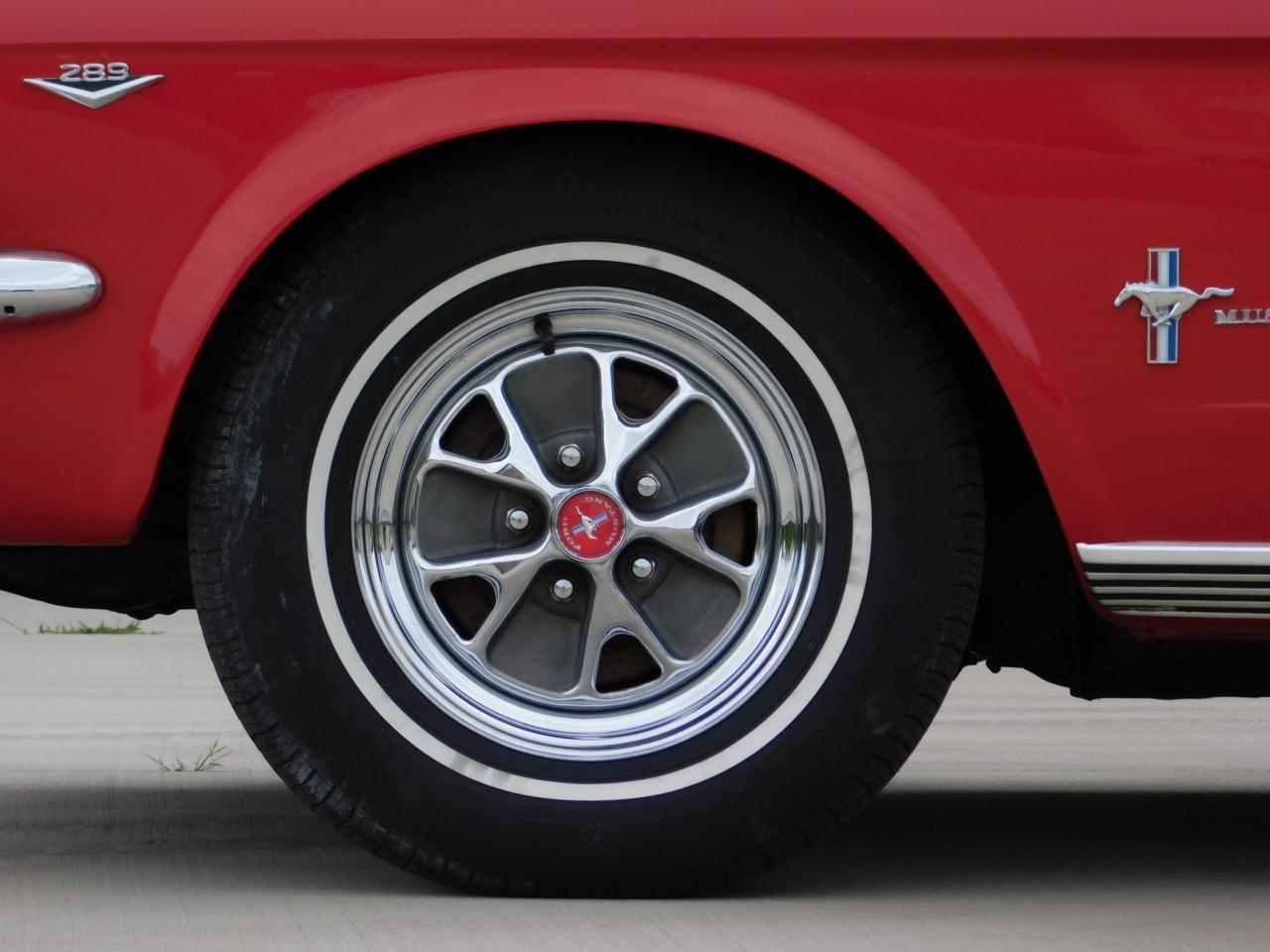 Large Picture of 1965 Ford Mustang - LDV2