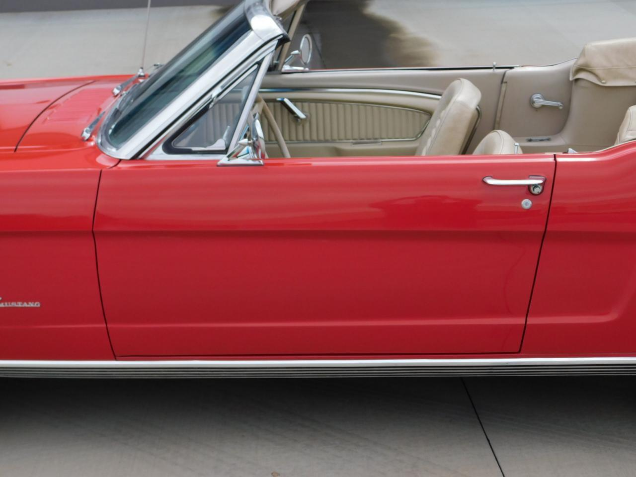 Large Picture of Classic 1965 Mustang - LDV2