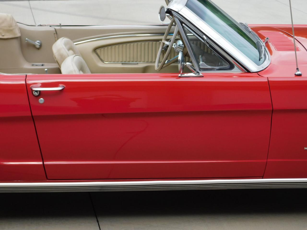 Large Picture of Classic '65 Ford Mustang - $30,595.00 - LDV2