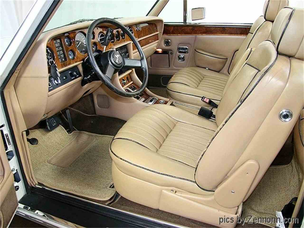 Large Picture of 1982 Rolls-Royce Corniche II Offered by Auto Gallery Chicago - LDVR