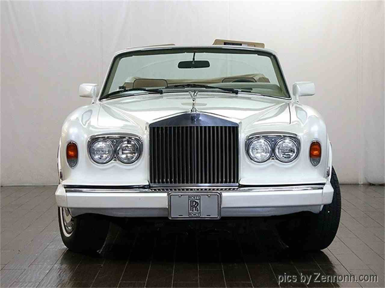 Large Picture of '82 Rolls-Royce Corniche II located in Illinois - $54,990.00 - LDVR