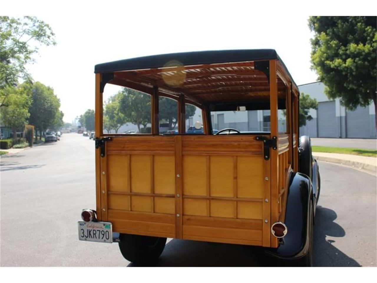 Large Picture of Classic 1934 Ford Woody Wagon Offered by American Classic Cars - LDYJ
