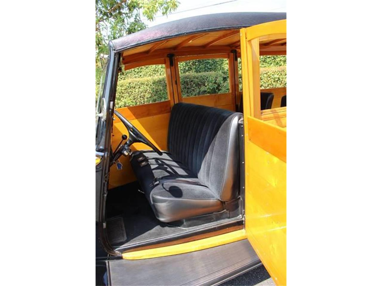 Large Picture of 1934 Woody Wagon located in La Verne California - LDYJ